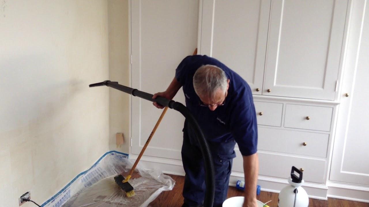 How to remove wallpaper glue so easy كيف تزيل غراء ورق الحائط بسهولة - YouTube