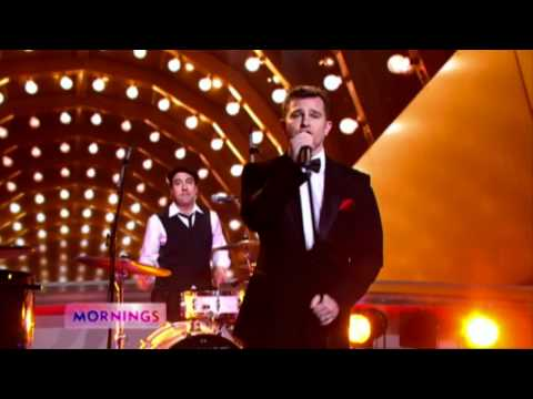 David Campbell performs 'Sexy And I Know It'