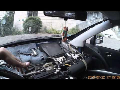Toyota Corolla Verso 2006 снять торпедо и радиатор отопителя