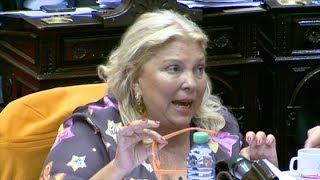 """Video: Carrió pidió la expulsión de De Vido """"por infame y traidor a la patria"""""""