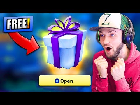 Opening PRESENT from EPIC GAMES - WHAT'S INSIDE...? - Fortnite: Battle Royale!