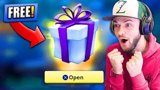 Download Video *FREE* PRESENT from EPIC GAMES - WHAT'S INSIDE...? - Fortnite: Battle Royale! MP3 3GP MP4