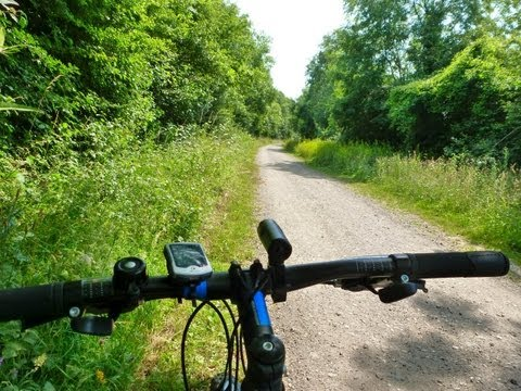 Downs Link Cycle Trip. A guide to a Sussex Cycle path