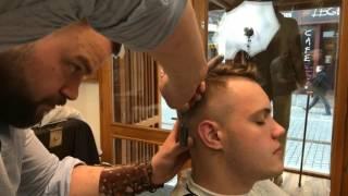 paul's barber shop, verze 1