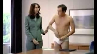 Реклама пива - сбор одежды для нищих(Реклама пива - сбор одежды для нищих. Другой юмор бесплатно на сайте - http://anekdot.kz Смешное видео - http://anekdot.kz/video/, 2012-10-05T23:08:14.000Z)