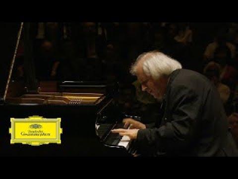 Grigory Sokolov plays Chopin Etude Op.25 No.12 in C minor \