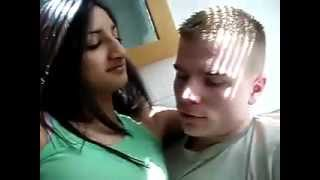 Repeat youtube video desi sexy girl likes and kissing gora (english man)