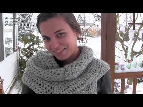 The Katniss Cowl - Random Video Monday #79 (Call Me Katniss ver. 2) from YouTube · Duration:  1 minutes 24 seconds