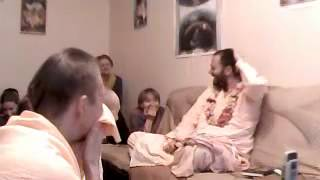 Шрипад БВ Дамодара Махарадж - Ученики Бхактисиддханты Сарасвати (27.12.2011, утро)