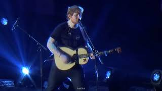 ed-sheeran-live-in-bangkok-2017---photograph