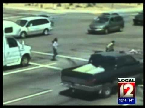 CHILD IN STROLLER HIT BY SUV SCOTTSDALE AZ  Local 12 News at 10pm WKRC 05 20 2011
