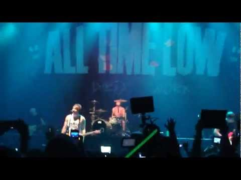 Intro/Do You Want Me (Dead) - All Time Low (Live in Manila)