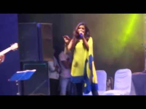 Shreya Ghoshal Live Performance (O Balma)