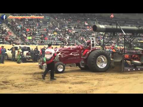 tractor pulling fun louisville 2017 1