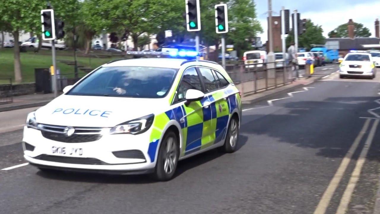 3x kent police cars responding driver training youtube. Black Bedroom Furniture Sets. Home Design Ideas