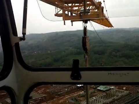 how to become a tower crane operator