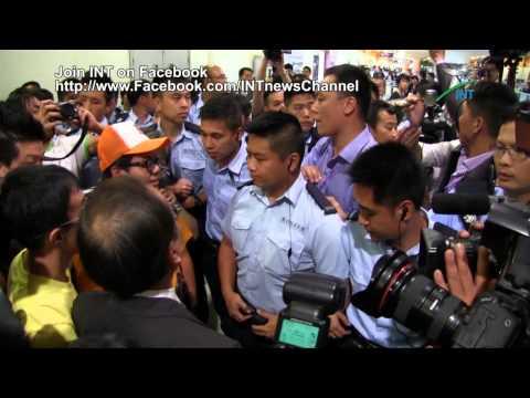 2012.09.10 - 《二零一二年立法會選舉》泛民候選人團隊被禁止入場監票起衝突