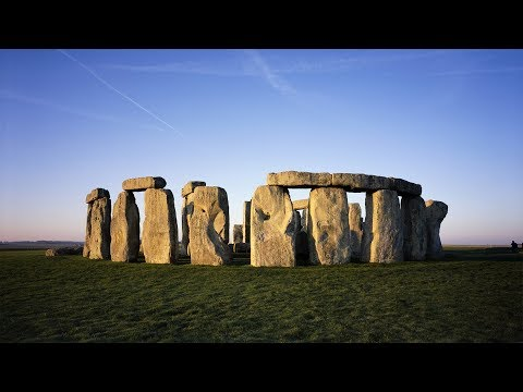 Stonehenge, Windsor Castle and Bath Day Trip from London
