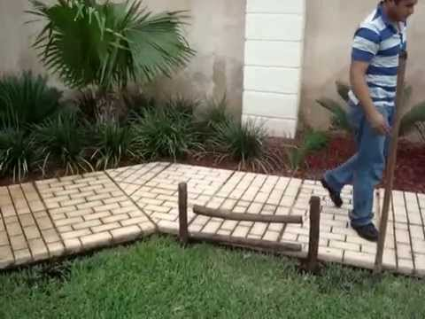 Cerca decorativa para jardin linea recta con for Bordillos de plastico para jardin