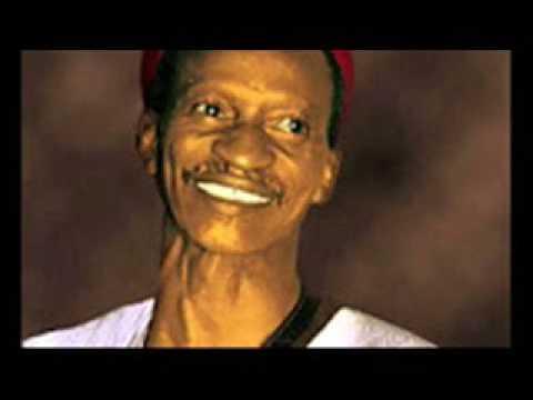 Hausa Song Alhaji Mamman Shata   Malam Bawa Magajin Doka