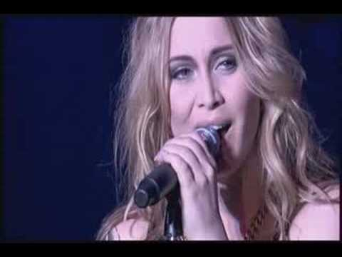 Anouk - Lost (live @ Gelredome '08)