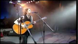 In Liverpool (Live) - Suzanne Vega. Pavarotti & Friends (HD)
