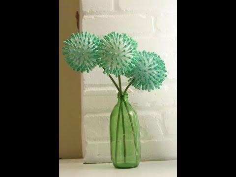 Tái chế tăm bông ngoáy tai thành quả cầu hoa đẹp mê
