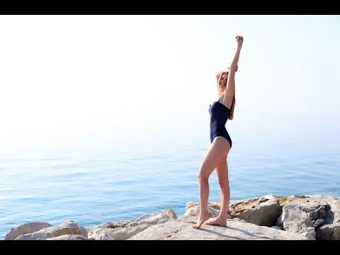 Смотреть клип Надежда Гуськова - Наши Сердца