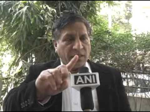 Top Lawyer Dr.Surat Singh on controversy over Lokpal bill and Janlokpal bill
