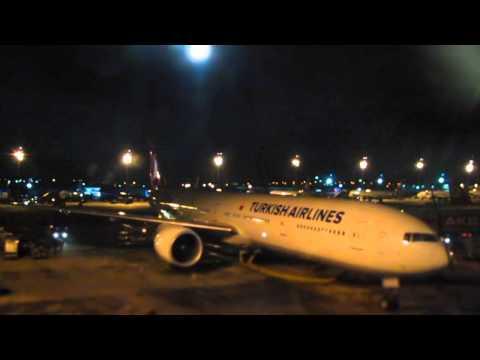 Самолет-turkish-airlines