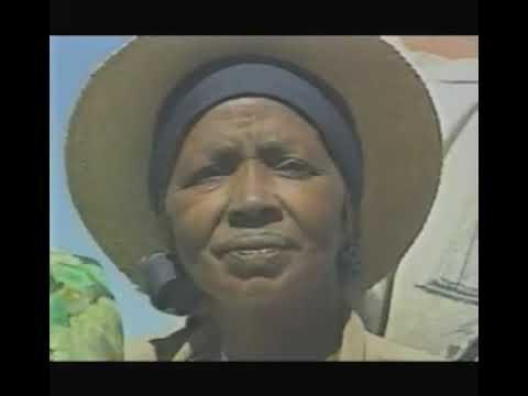 HIRA GASY ---RAMILISAONA FENOARIVO --1985