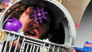 Awesome Video Games - Episode 34 - Game Genie pt.3 (FFStv.com)