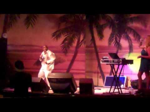 Mike Finn Las Vegas Karaoke King - Lets Get In On