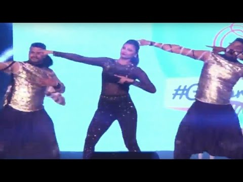 Daisy Shah Dance Performance for Country Club New Year Bash 2016 | Full Event