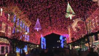 The Osborne Family Spectacle of Dancing Lights Disney Studio