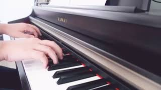 Download lagu Instrumen Piano Sedih MP3