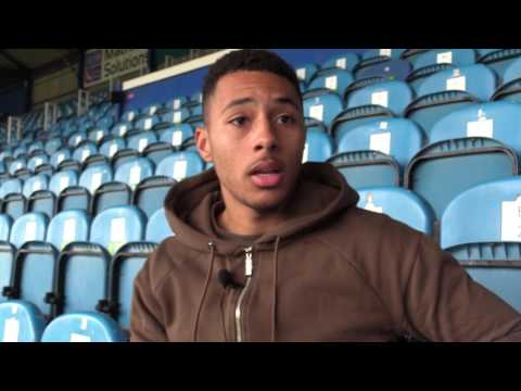 Aaron Simpson arrives at Pompey on loan