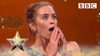 Emily Blunt's daughters want her to be the real Mary Poppins ☂ - BBC