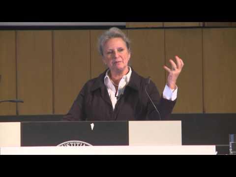 """Entrepreneurship Summit 2014 in Berlin: Dr. Maritta Koch-Weser """"Green Business für Regenwälder"""""""