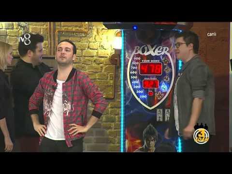 3 Adam - Kerem Bürsin Boks Makinesine Karşı (2.Sezon 7.Bölüm)