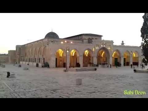 adzan di Masjid Al Aqsa