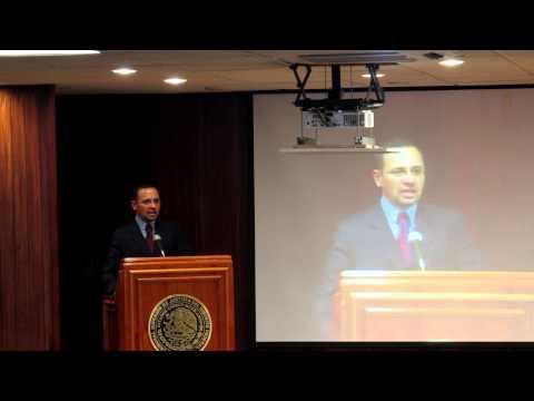 Juan Carlos Gutiérrez, en la presentación del libro Caso Rosendo Radilla en el TSJDF