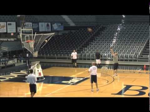 Brad Stevens, Butler Works Pin Down Shooting Drill On GREAT Shooting Machine - WATCH
