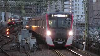 都営5500形5505F「✈急行羽田空港行」品川駅到着!※警笛&空港チャイムあり