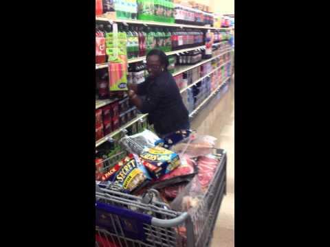 90-Sec. Shopping Spree at Food Lion with Kendall