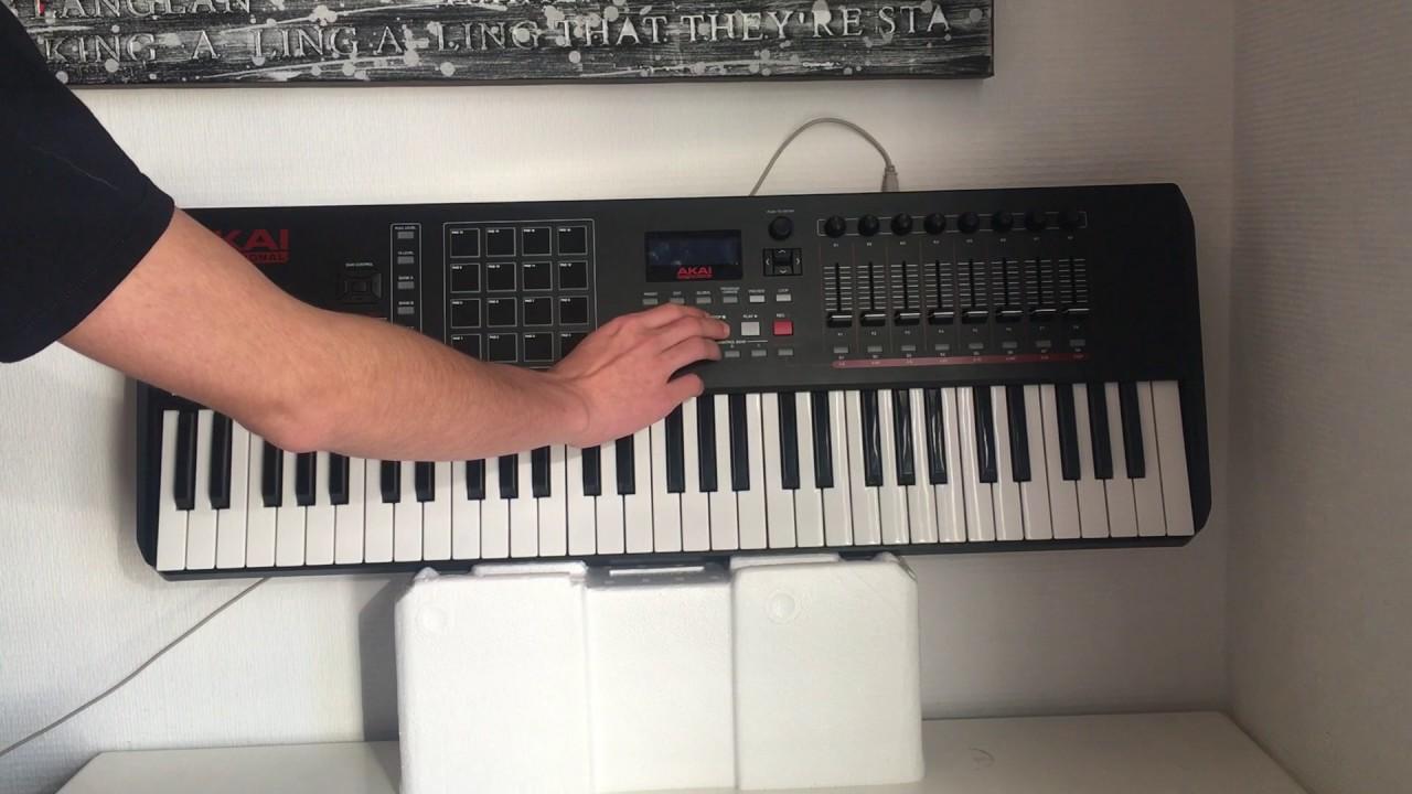 Présentation du clavier MIDI AKAI MPK 261