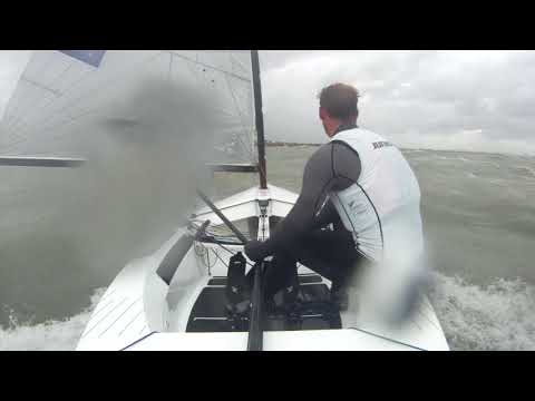 Josh Junior wins the medal race at the 2018 Finn Europeans in Cádiz