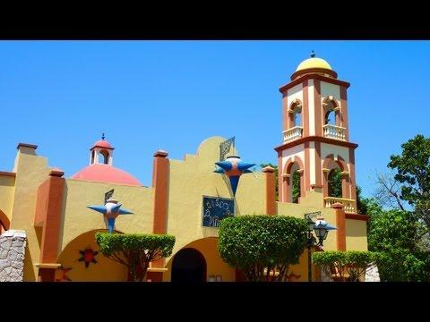 Riu Tequila, Outside Bar / Entertainment Area - Mexico 2013
