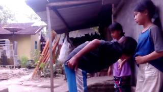 Download Video Anak anak nakal MP3 3GP MP4