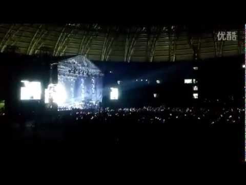 Hero + Supernatural - Mariah Carey (Live @ Tianjin, China) 17/10/14